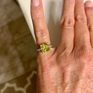Sterling Silver Peridot with rhinestones ring